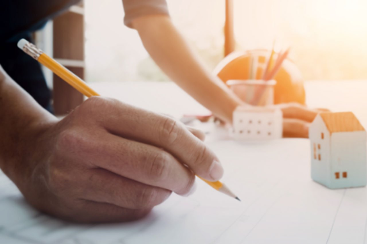 What's the difference between an architect and a draftsperson?